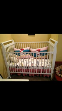 Baby crib  Bowie