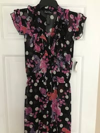Juniors dress NWT size XL Frederick, 21702