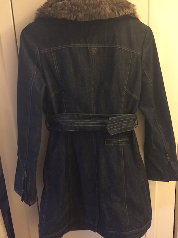 New jean trench coat size S never used a9b5f13b-9887-4fe7-aa85-d0cf97029341