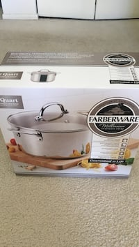 6 quart stock pot brand new Mc Lean, 22101