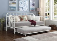 White metal daybed with trundle Las Vegas, 89179