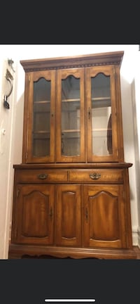 Wood cabinet in great condition! Negotiable  New York, 10032