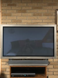 "42"" Akai flat screen plasma with remote"