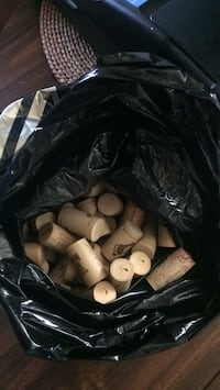 100 Wine Corks for Art Projects, etc Baltimore, 21237