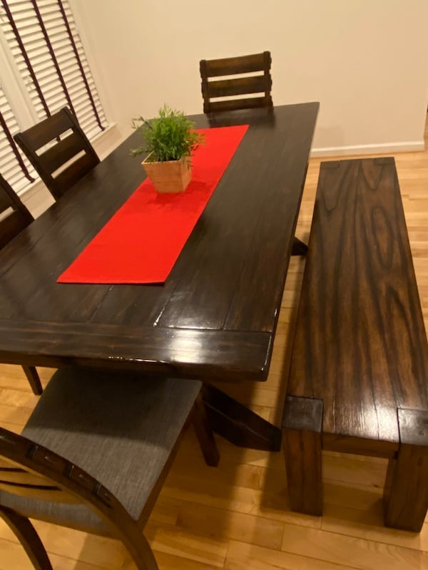 (OBO) Pottery Barn Dining Table +4 chairs +bench-(All) real solid wood f2ee3d8c-0768-4431-acf0-1cb8152d636f