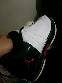 black-white-and-red Air Jordan shoes