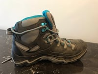 Women's 8.5 Keen Hiking Boots Vienna, 22182