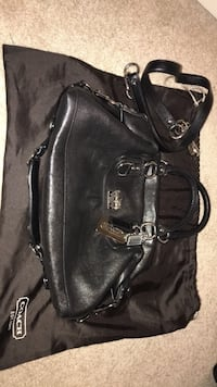 black leather 2-way bag San Leandro, 94577