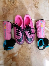 Nike Girl's Soccer Cleats & Shin Guards, 11 Todd Middletown, 07718