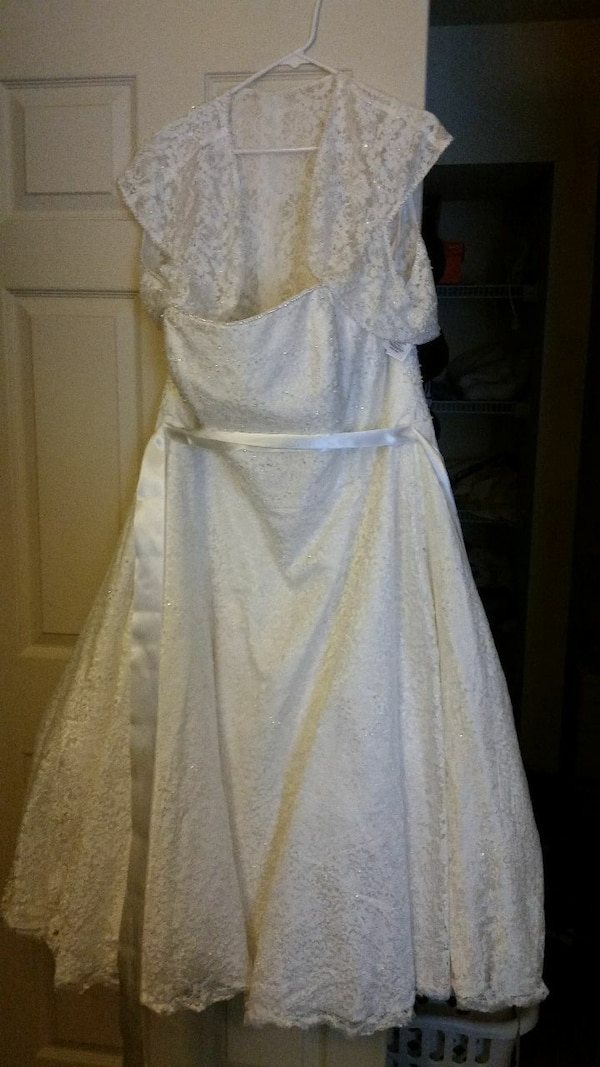Used Plus Size Wedding Dress From Davids Bridal For Sale In