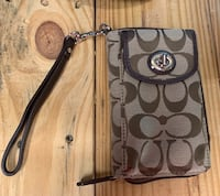 Coach wallet never used