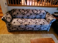 white and blue floral fabric sofa Toronto, M1T 3J9