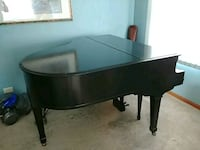 Baby grand piano painted black Elk Grove Village, 60007