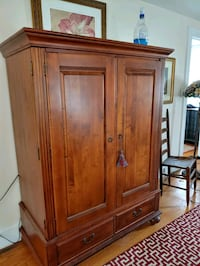 Beautiful Ethan Allen Armoire Alexandria, 22301