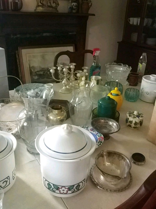 All glassware and pottery