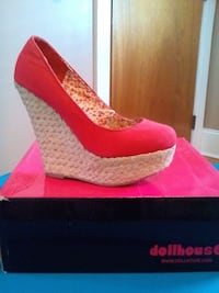 Size 7  Fall River, 02724