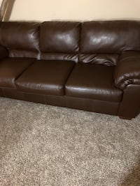 Brown leather sofa and loveseat Gaithersburg, 20878