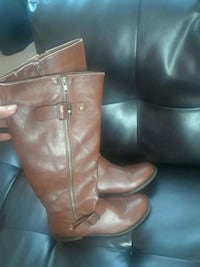 pair of brown leather boots Sterling, 20164