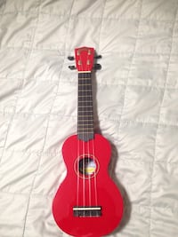 Red Ukulele mini  St Catharines, L2S 4E2