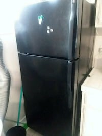 fridge General Electric. Works very good cash only Los Angeles, 90007