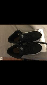 High top Supra shoes size 8.0 Bell, 90201