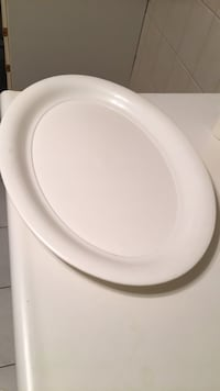 Large White plastic Tray Vaughan, L6A 1V9