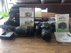 Canon rebel t2i with accessories