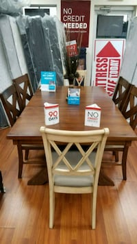 New Solid Wood Dinning Table  Orlando, 32829