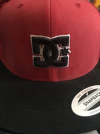 Dc snap back good condition Surrey, V3W