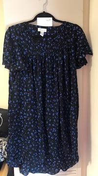 Black and blue floral scoop-neck dress