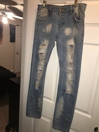 Size 34 jeans only worn twice Shreveport, 71105