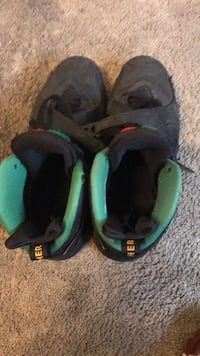 pair of black-and-green Nike running shoes Capitol Heights, 20743