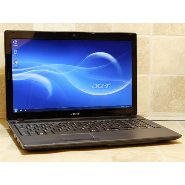 Acer Aspire 5250 Laptop AMD Dual Core DVDRW Webcam 3GB RAM 160GB WiFi 15.6""