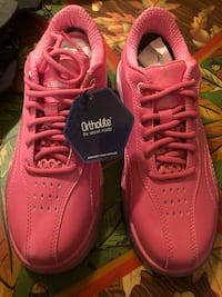 LIMITED EDITION HAMMER BREAST CANCER AWARENESS BOWLING SHOES Winchester, 22602