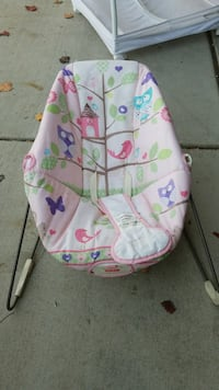 baby's pink and green bouncer Merced, 95348
