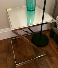 Mirror Side Table  582 km
