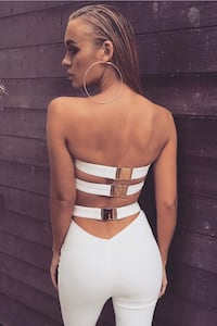 White strapless buckle top Burnaby, V5J 3G1