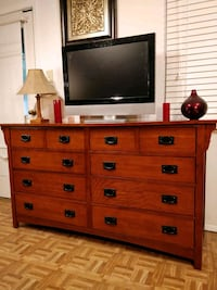 Like New Big Wooden Dresser/TV stand with big 8 dr Annandale, 22003