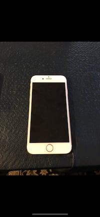 iPhone 6 64GB Gold unlocked - Excellent Condition
