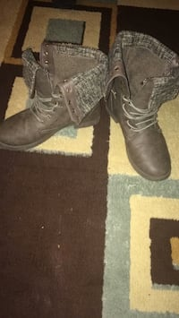 pair of brown leather boots Saskatoon, S7L 3L3