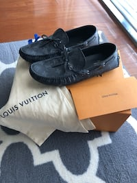 Louise Vuitton Arizona Moccasin in Eclipse color Herndon, 20170