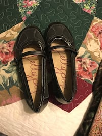 Black work shoes size 7