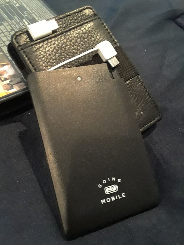 073902de457 Used Charging Power bank   Card Wallet