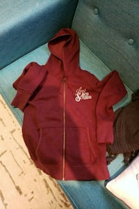 red zip-up hoodie levis Mississauga, L5A 3Y9