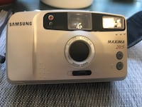 Samsung camera maxima 20S, 30mm  lens Chicago, 60639