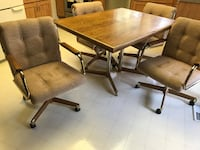 Dinette set w/ 4 caster chairs West Bloomfield, 48322