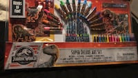 Jurassic World Super Deluxe Art Set Los Angeles, 90006