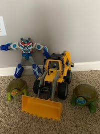 Fun boy toys - Optimus Prime and Mini-turtle pockets + a bulldozer McCordsville, 46055