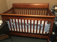 Crib like new Hamilton, L8H 6A1
