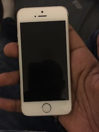 iphone 5s unlocked  District Heights, 20747